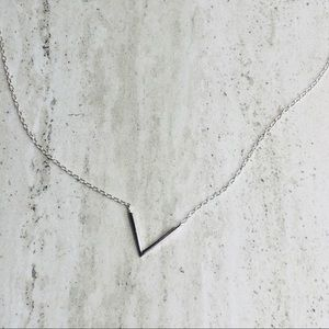 Jewelry - 925 Sterling Silver Geometric V Necklace